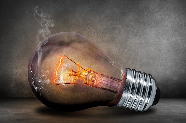 Protéger vos biens contre les surtensions électriques