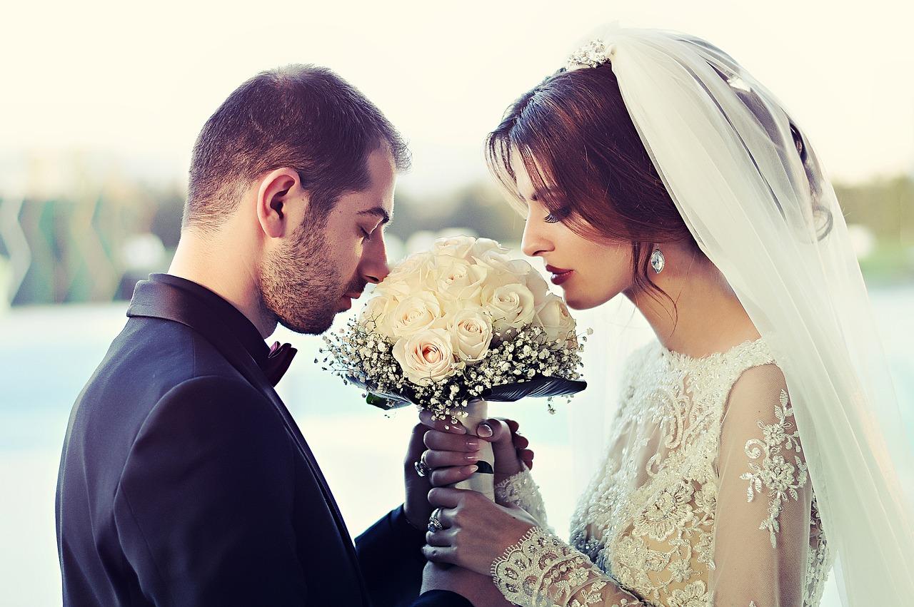 Se marier suite à une rencontre en ligne sur un tchat?