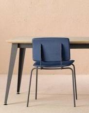 Table de repas extensible en bois et métal pour un design moderne