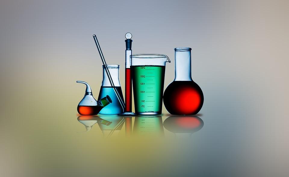 Ce qu'il faut savoir lors de l'achat en ligne de produits chimiques