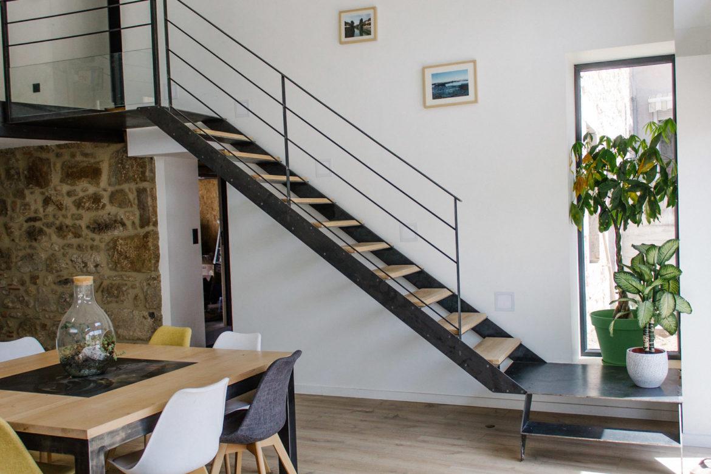 Trois matériaux à choisir pour des escaliers modernes